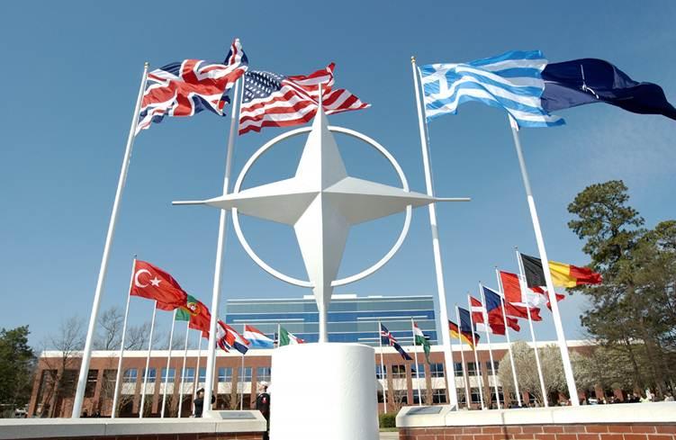Makedonya, NATO üyeliği uğruna ismini değiştirebilir